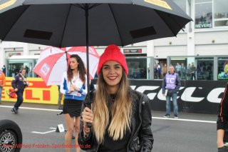 grid-girls-11
