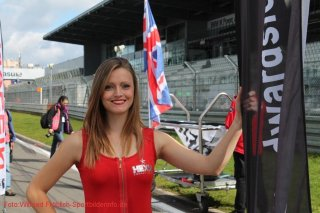 grid-girls-16