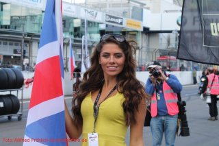 grid-girls-18