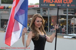 grid-girls-31