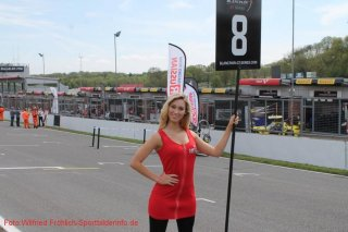 grid-girls-32