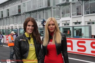 grid-girls-6