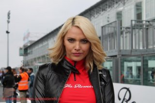 grid-girls-8